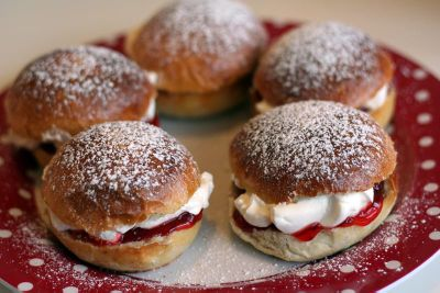 Cream And Jam Buns